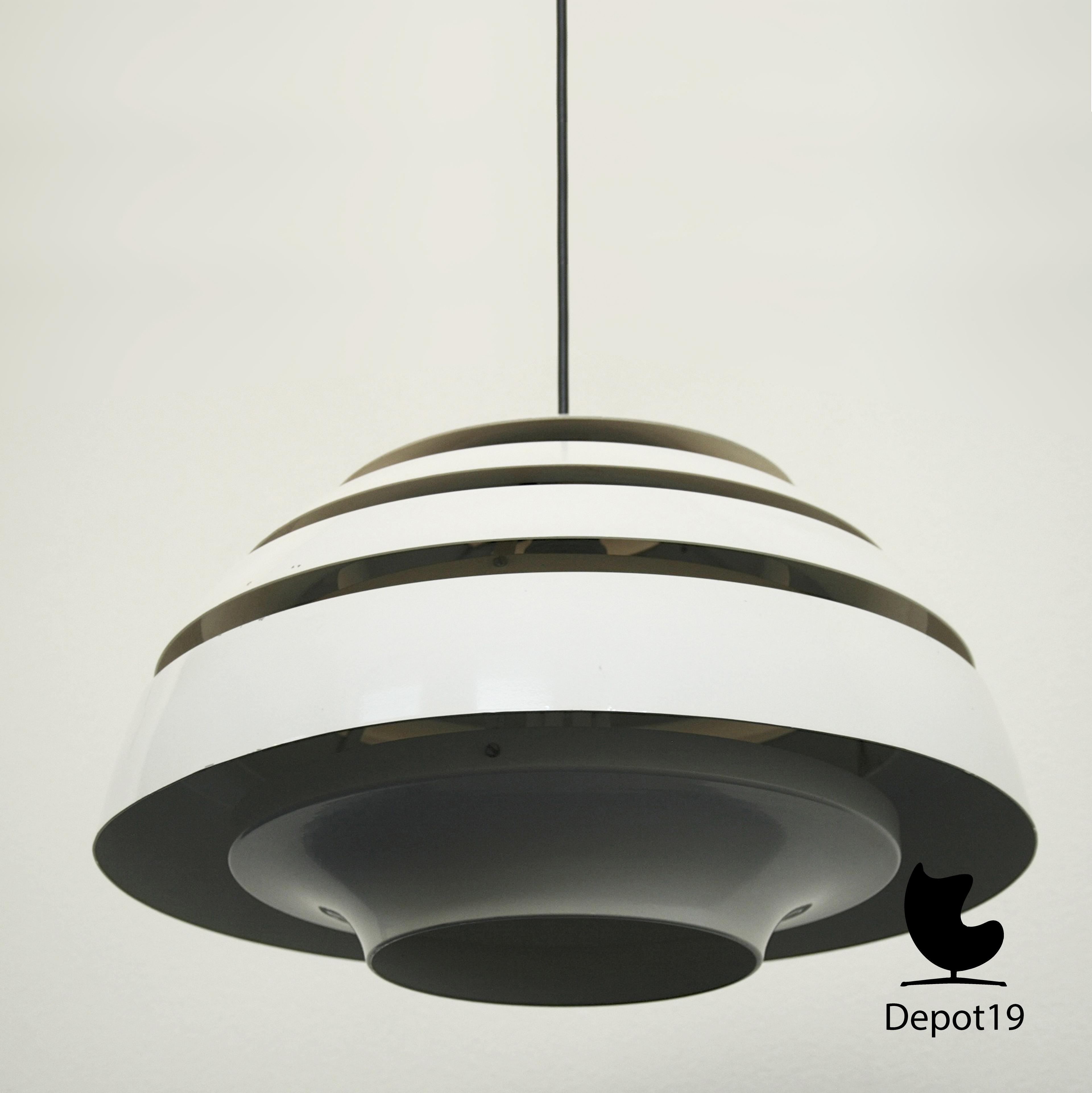 hans agne jakobsson dome hanglamp depot 19. Black Bedroom Furniture Sets. Home Design Ideas