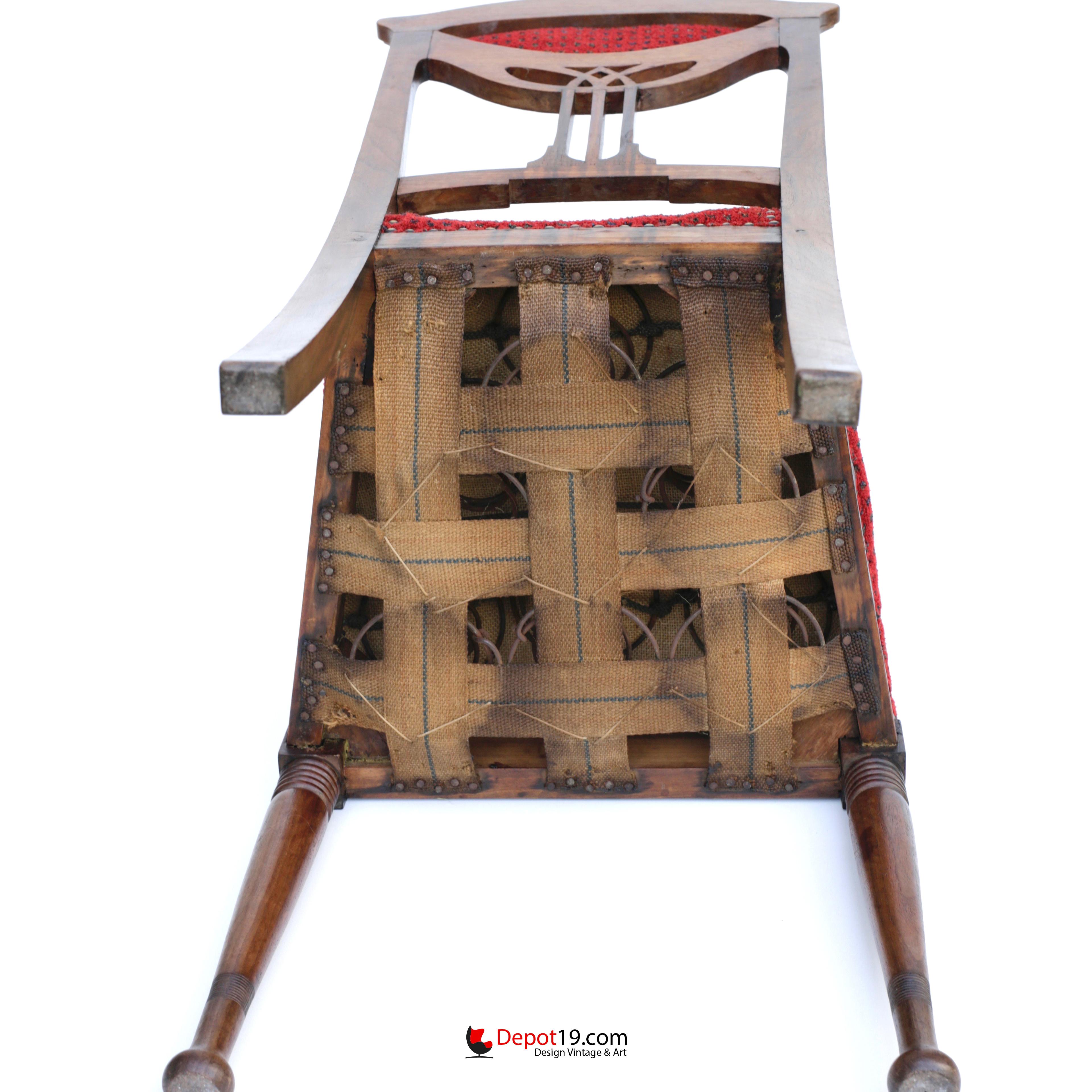 Art Nouveau Art Deco style chair with wood carvings | Depot 19