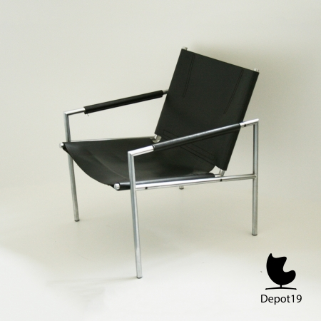 Martin_Visser_Lounge_SZ02_easy_chair_1965_t_spectrum_dutch_design_depot19_Olst_7.jpg