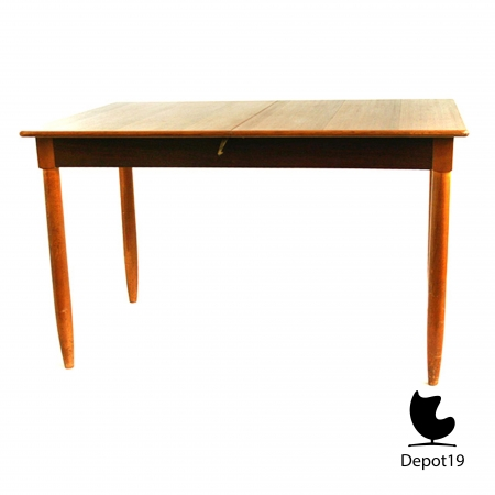 Large_Teak_Table_1960s__large_extendable_scandinavisch_design_dining_table_depot_19_4.JPG