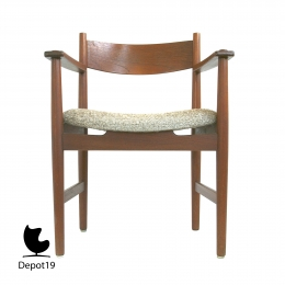 Hans_Wegner_1962_CH39_armchair_teak_Carl_Hansen_and_son__4.jpg