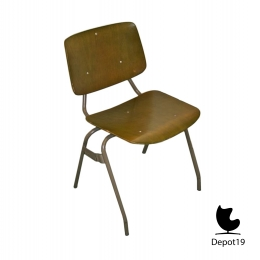 Kho_Liang_Ie_1957_CAR_chair_model_305_KLI06_depot_19_3.jpg