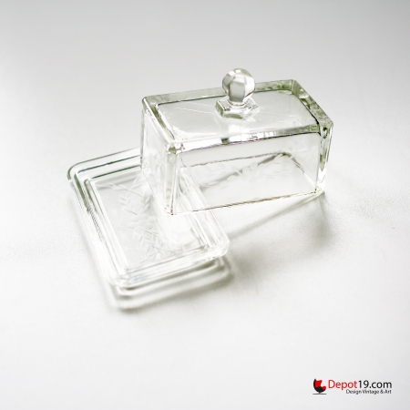 Depression_Glass_Butter_Dish_1930s_art_deco_depot_19_depot19_Olst_Vintage_design_glass_8.jpg