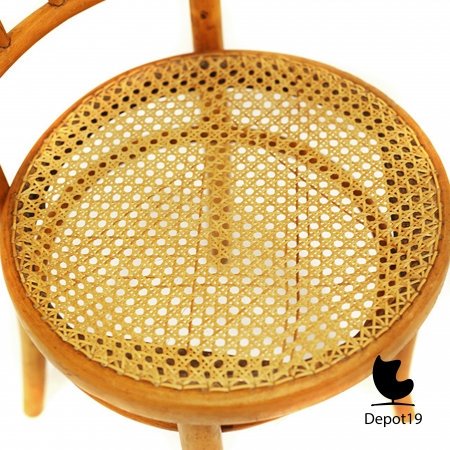 Michael_Thonet_1890_spindle_back_chair_beech_depot19__3.JPG