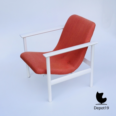 Vintage_MCM_Webe_lounge_chair_Louis_van_Teeffelen_style_White_orange_depot_19_7.JPG