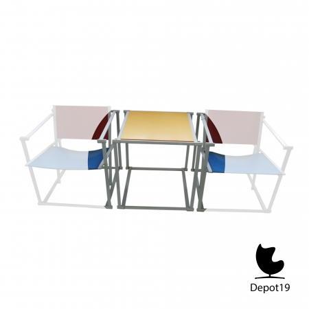 TM61_Table_Pastoe_Radboud_van_Beekum_design_White_frame_Rietveld_colors_1.jpg