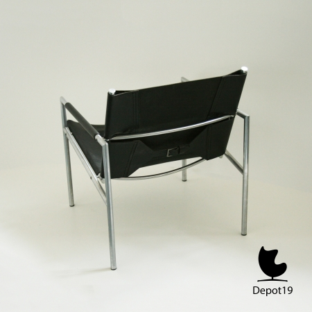 Martin_Visser_Lounge_SZ02_easy_chair_1965_t_spectrum_dutch_design_depot19_Olst__6.jpg