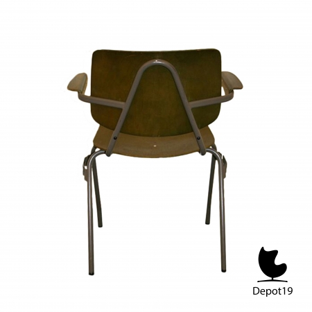 Kho_Liang_Ie_1957_CAR_chair_model_315_depot_19_5.jpg