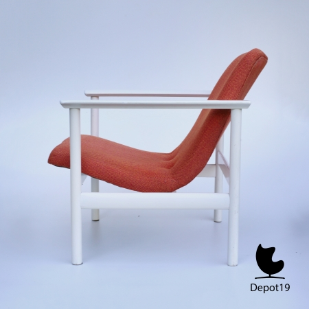Vintage_MCM_Webe_lounge_chair_Louis_van_Teeffelen_style_White_orange_depot_19_8.JPG