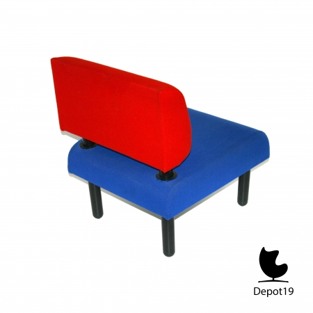 George_sowden_Ettore_sottsass_style__memphis_milaan_easy_chairs_depot_19_Olst_4.jpg