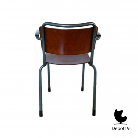 GI19_Mdezign_chair_Dutch_Design_gispen_model_201_pagholz_8a.jpg