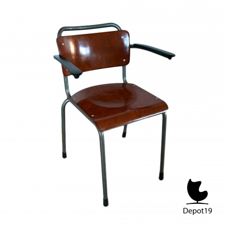 GI19_Mdezign_chair_Dutch_Design_gispen_model_201_pagholz_11.jpg