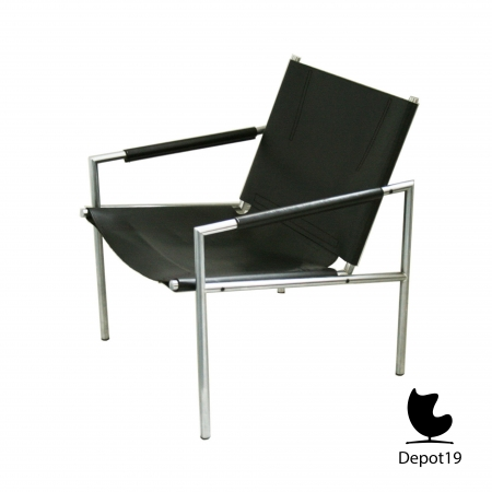 Martin_Visser_Lounge_SZ02_easy_chair_1965_t_spectrum_dutch_design_depot_19_Olst_.jpg