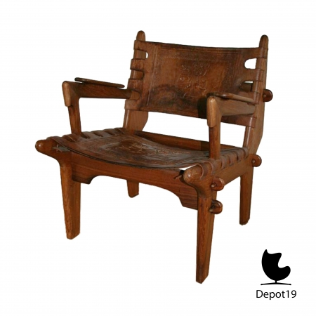 traditional_Peruvian_Easy_chair_E_Banisteria_and_T_Caivinagua_1950s_depot_19_7.jpg