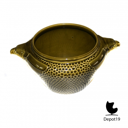 Vintage_Art_deco_green_majolic_planter_pot_with_two_eagle_heads_depot_19_5.jpg