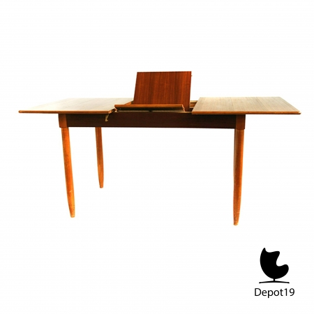 Large_Teak_Table_1960s__large_extendable_scandinavisch_design_dining_table_depot_19_2.JPG
